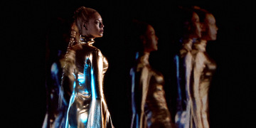 Holo-Gauze Creates Multiple Beyoncés for Concert