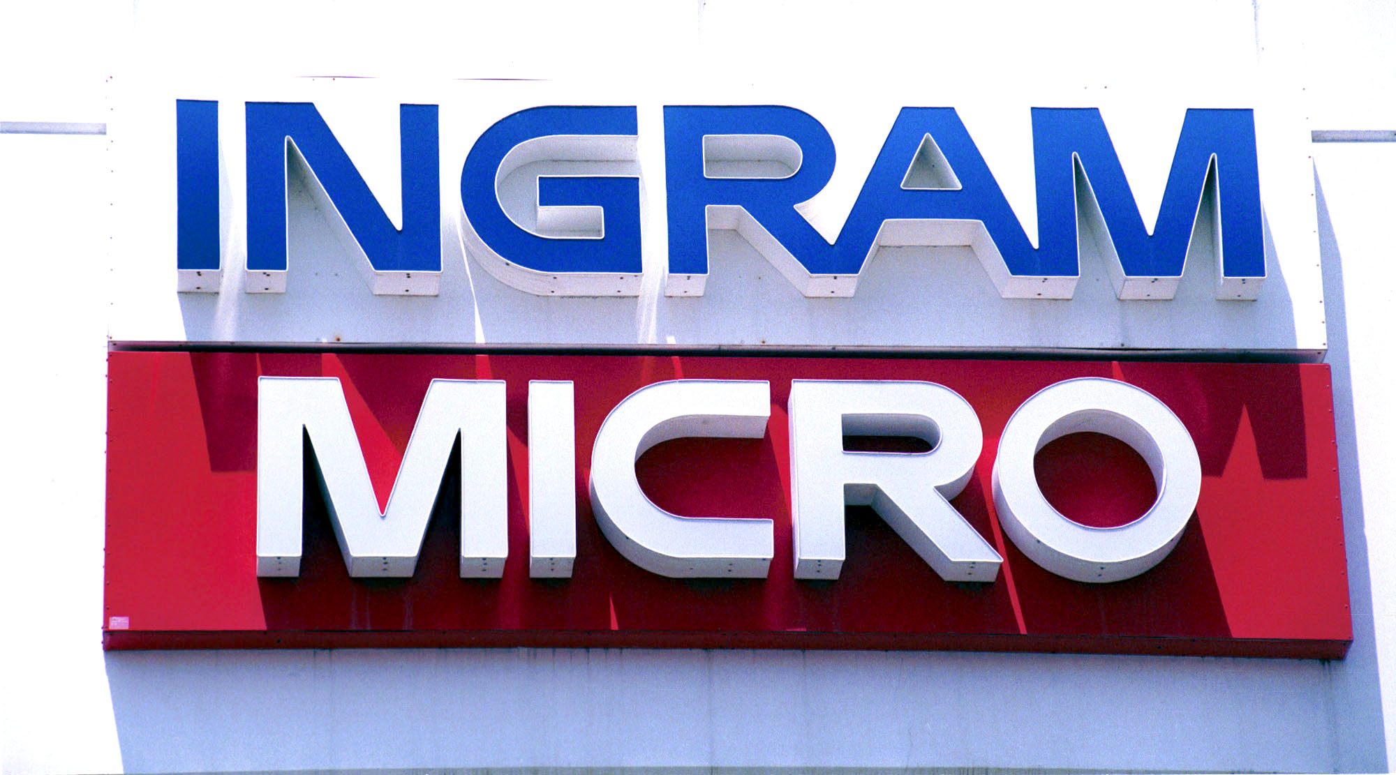 Ingram Sales Down in Europe, Flat Worldwide