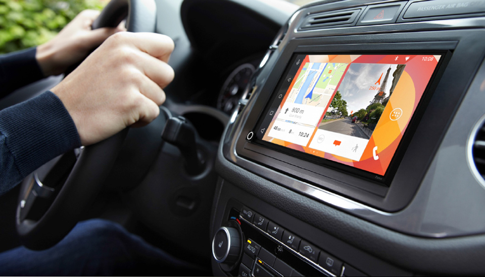 Parrot Brings CarPlay to Any Auto