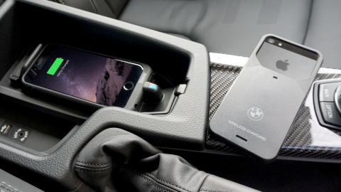 Wireless iPhone Charging on BMW iDrive