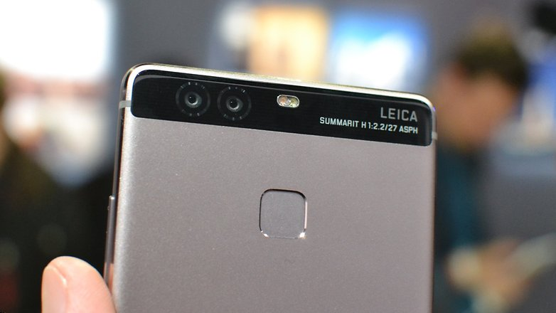 Huawei Adds Leica Lenses to P9 Smartphone