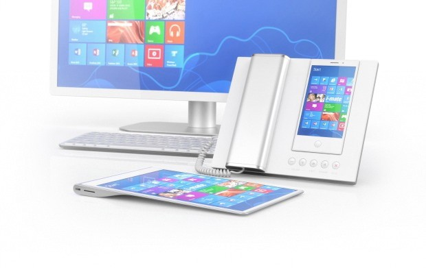 The Intelegent Windows 8 Smartphone/Desktop PC?