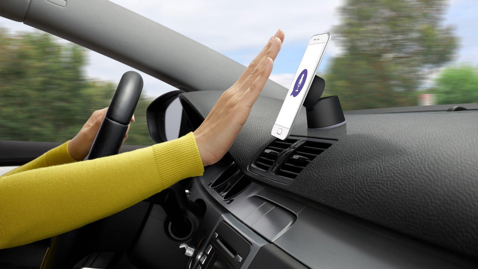 Logitech Intros ZeroTouch Smartphone Auto Mounts