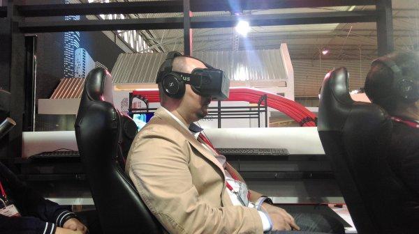 WSJ: Google Preps VR Android